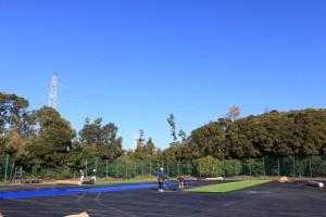 Aコート 人工芝敷き作業